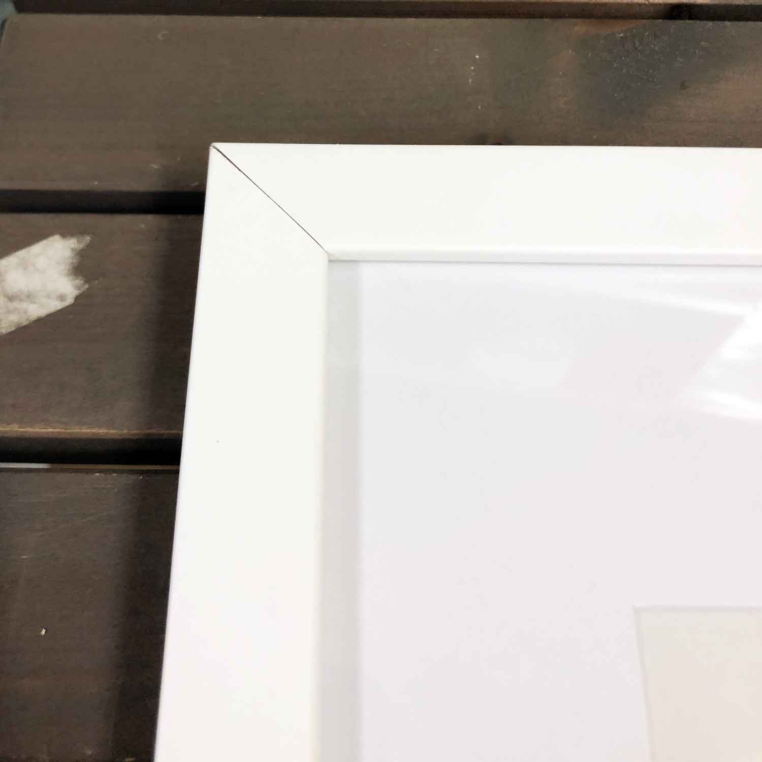 Place in Print Damaged Frame - Imperfect Corner Join